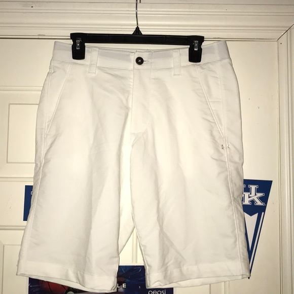 NWT Under Armour Heat Gear loose fit Storm shorts 42 men/'s 40 gray khaki 46